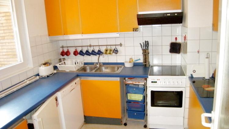 3 zimmer haus in berlin kladow m bliert auf zeit nr. Black Bedroom Furniture Sets. Home Design Ideas