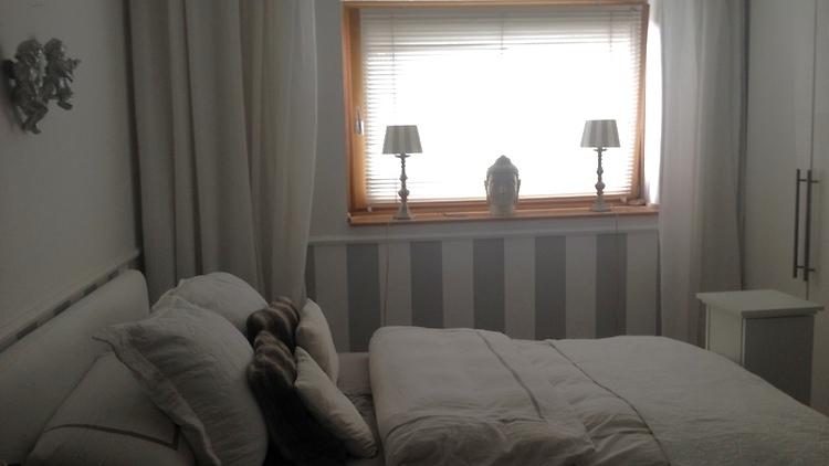 2 zimmer wohnung in hamburg winterhude m bliert auf. Black Bedroom Furniture Sets. Home Design Ideas